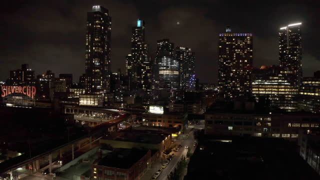 night scenery of downtown district / queens, new york, united states - dolly shot stock videos & royalty-free footage
