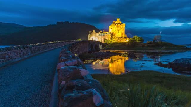 night scenery of eilean donan castle / scotland, united kingdom - boulder rock stock videos & royalty-free footage