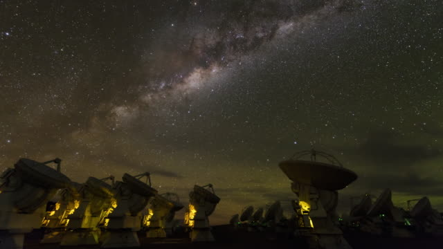 night sky above alma radio telescopes - observatory stock videos & royalty-free footage