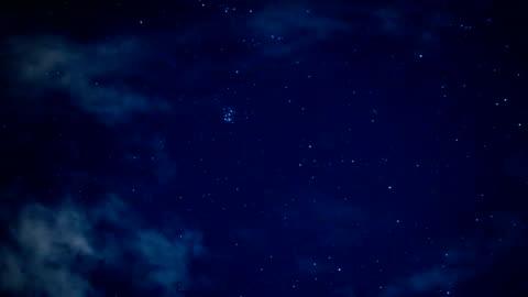 natt himlen resor tråg universum fylld med stjärnor, nebulosor och galaxer - stjärna bildbanksvideor och videomaterial från bakom kulisserna