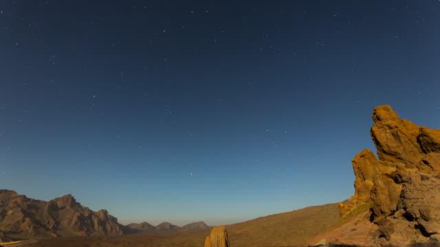 4K night Time lapse of El Teide National Park, spring 2016, tenerife, Spain