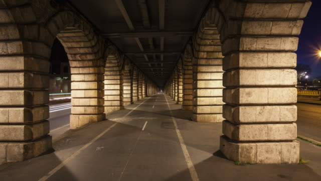 vidéos et rushes de night to day hyperlapse / time lapse on the bercy bridge in paris - pont