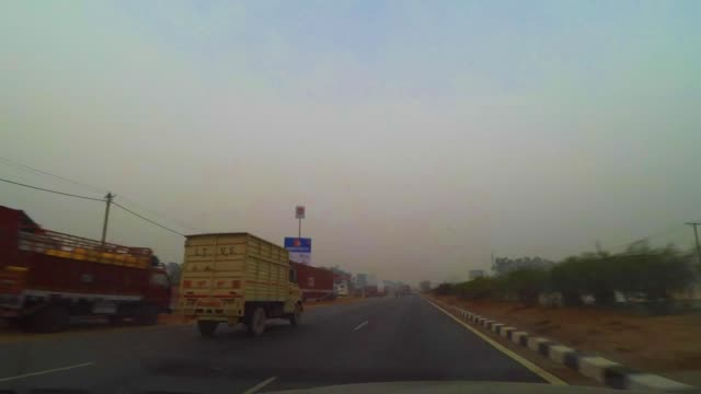 TL night to day on Indian Highway NH8 from Delhi with traffic