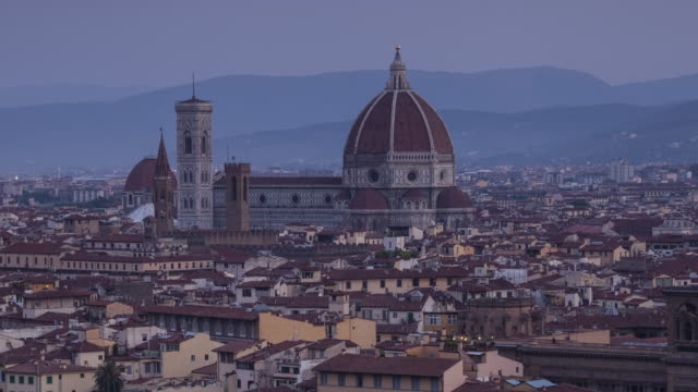 night to day tl of the duomo in florence, italy. - duomo santa maria del fiore stock videos and b-roll footage