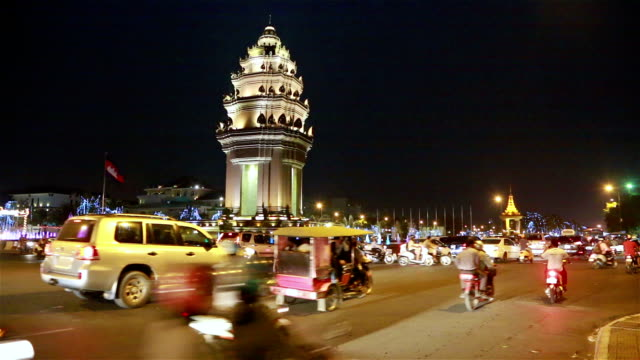 night traffic time lapse in phnom penh - phnom penh stock videos and b-roll footage