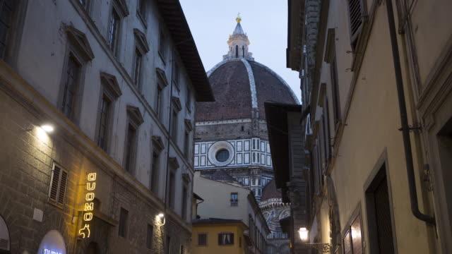 night view near campanile di giotto and basilica di santa maria del fiore - duomo santa maria del fiore stock videos and b-roll footage