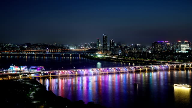 night view of floating island around the banpo bridge and rainbow fountain in seoul - iridescent stock videos & royalty-free footage