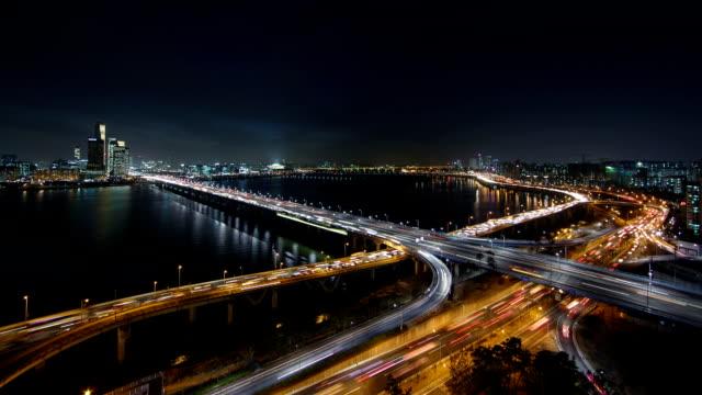 Night view of Mapodaegyo bridge and Gangbyeon Expressway at Han River