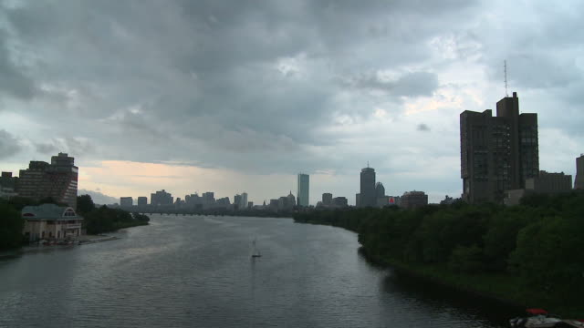 hd time-lapse: nightfall over boston - overcast stock videos & royalty-free footage