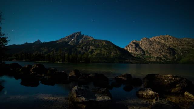 nighttime jenny lake time lapse - grand teton stock-videos und b-roll-filmmaterial