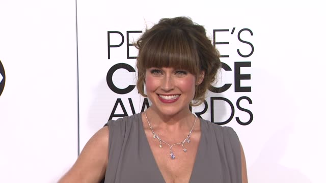 stockvideo's en b-roll-footage met nikki deloach at 40th annual people's choice awards - arrivals in los angeles, ca 1/8/14 - people's choice awards