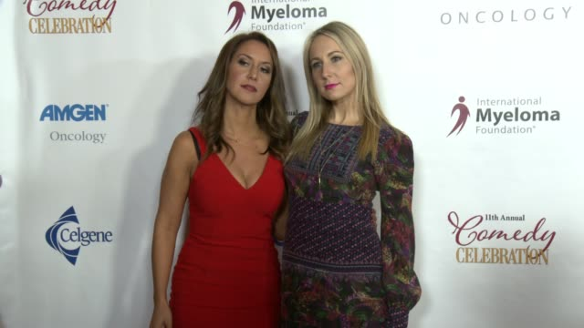 vídeos de stock e filmes b-roll de nikki glaser and rachel feinstein at international myeloma foundation's 11th annual comedy celebration benefiting the peter boyle research fund at... - wilshire ebell theatre