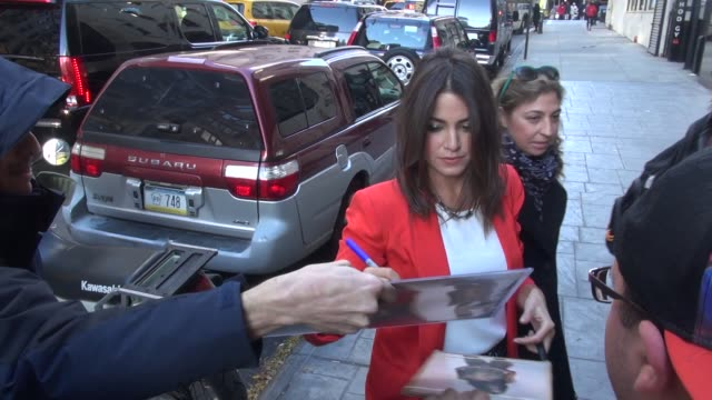 nikki reed arrives at good day new york and signs for fans at celebrity sightings in new york, 11/04/13 nikki reed arrives at good day new york on... - nikki reed stock videos & royalty-free footage