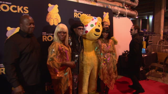 vidéos et rushes de nile rodgers at bbc children in need rocks - charity concert on november 7, 2018 in london, england. - bbc children in need