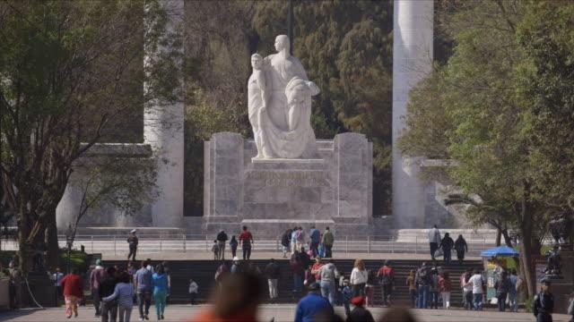 niños heroes monument establishing shot - niños stock videos & royalty-free footage