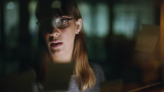 vidéos et rushes de sans doute qu'elle sera employée du mois - bring your own device