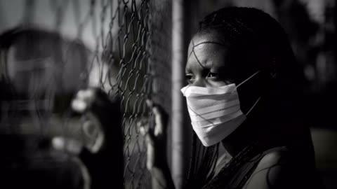 vidéos et rushes de pas de justice, pas de concept de paix et de droits de l'homme - injustice