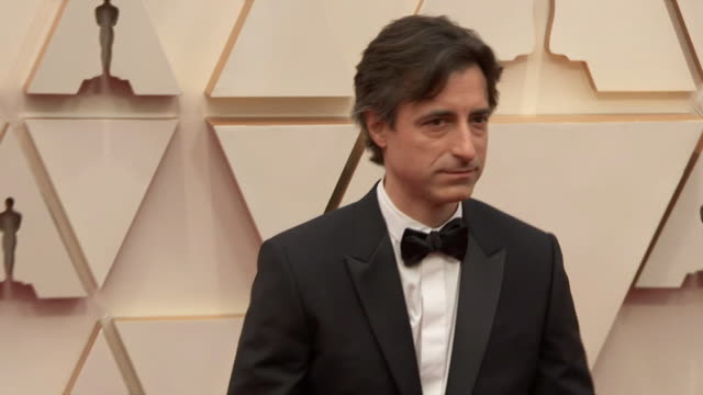 noah baumbach walking the red carpet at the 92nd annual academy awards at the dolby theater in los angeles, california. - music or celebrities or fashion or film industry or film premiere or youth culture or novelty item or vacations 個影片檔及 b 捲影像