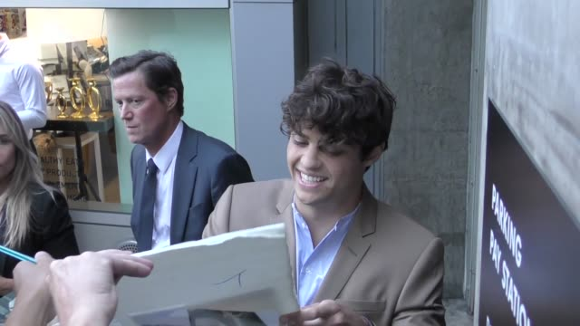 noah centineo greets fans outside the premiere of netflix's sierra burgess is a loser at arclight cinemas in hollywood in celebrity sightings in los... - arclight cinemas hollywood stock videos & royalty-free footage