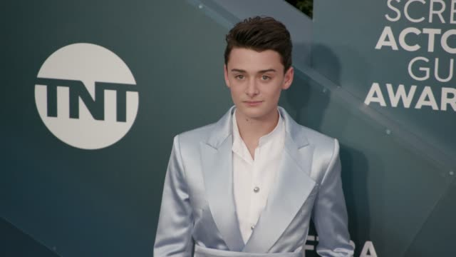 noah schnapp at the 26th annual screen actors guild awards arrivals at the shrine auditorium on january 19 2020 in los angeles california - screen actors guild stock videos & royalty-free footage