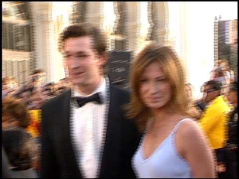 noah wyle at the 1998 screen actors guild sag awards at the shrine auditorium in los angeles california on march 8 1998 - noah wyle stock videos and b-roll footage