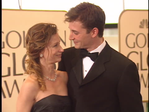noah wyle at the golden globes 99 at beverly hilton - noah wyle stock videos and b-roll footage
