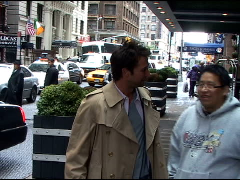 noah wyle talks to fans outside the london hotel in new york 05/17/11 - noah wyle stock videos and b-roll footage