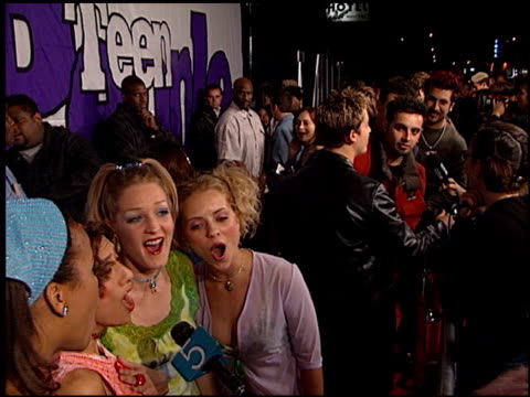 nobody's angel at the teen people magazine party at vynyl in hollywood california on january 14 2000 - angel点の映像素材/bロール