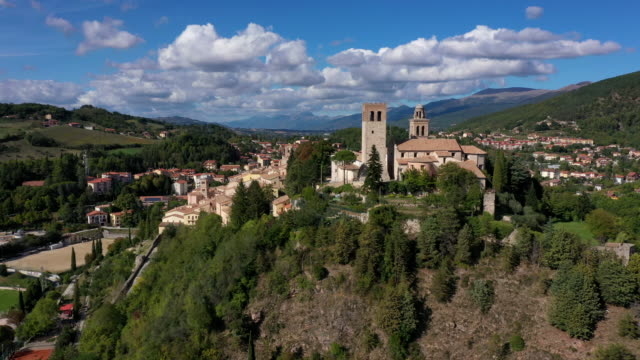 nocera umbra old town, umbria, italy - town video stock e b–roll