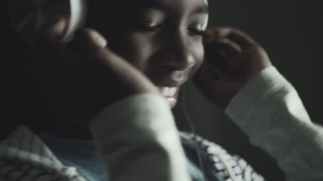 nodding head to music - nodding head to music stock videos & royalty-free footage