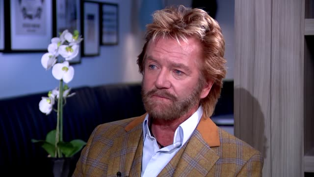 stockvideo's en b-roll-footage met int noel edmonds interview sot re bankruptcy / suicide attempt / business ventures - noel edmonds