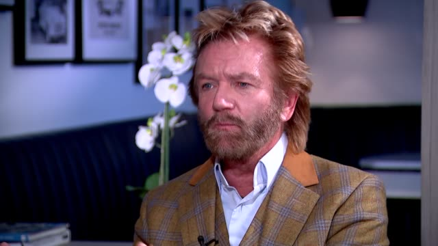 stockvideo's en b-roll-footage met noel edmonds interview noel edmonds interview sot re lloyds legal battle / cancer - noel edmonds