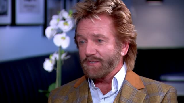 stockvideo's en b-roll-footage met noel edmonds speaks out about his suicide attempt over ruin of business empire noel edmonds interview sot they stole my companies they stole my home... - noel edmonds