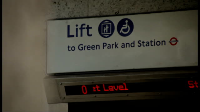 have the london 2012 olympic games promises for disabled travellers been met green park ramp down to green park london underground station sign over... - bahnreisender stock-videos und b-roll-filmmaterial