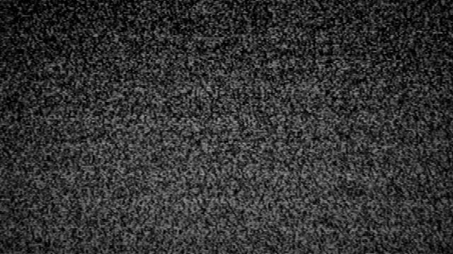vídeos de stock, filmes e b-roll de ruído na tela de tv analógica | loopable - preto e branco