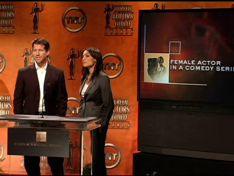 vídeos de stock, filmes e b-roll de nominees for female actor in a comedy series at the 2005 screen actors guild sag awards nominations announcements at pacific design center in west... - screen actors guild