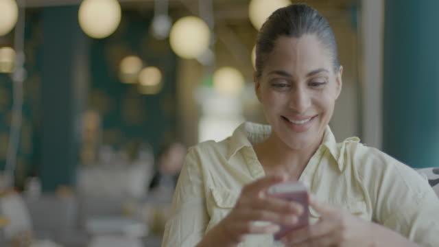 non-caucasian women leaders - millennial generation stock videos & royalty-free footage