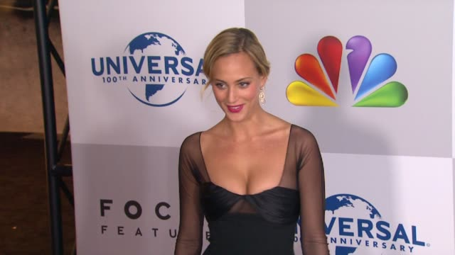 vidéos et rushes de nora arnezeder at nbcuniversal's 69th annual golden globe afterparty in beverly hills ca on 1/15/12 - nbcuniversal
