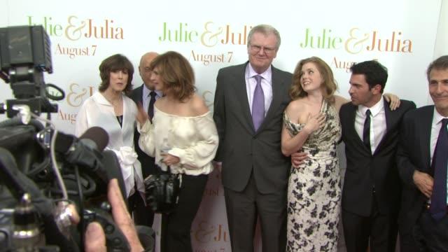 nora ephron howard stringer amy adams chris messina and meryl streep at the 'julie julia' premiere at new york ny - 映画プレミア点の映像素材/bロール