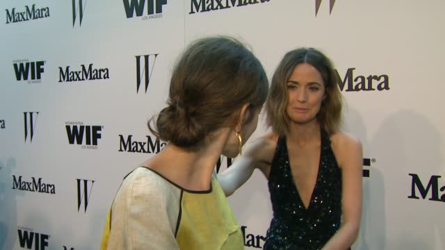 vídeos de stock e filmes b-roll de nora zehetner on what brings her out, rose byrne & why it's important to support women in film at the max mara and w magazine cocktail party to honor... - rose byrne
