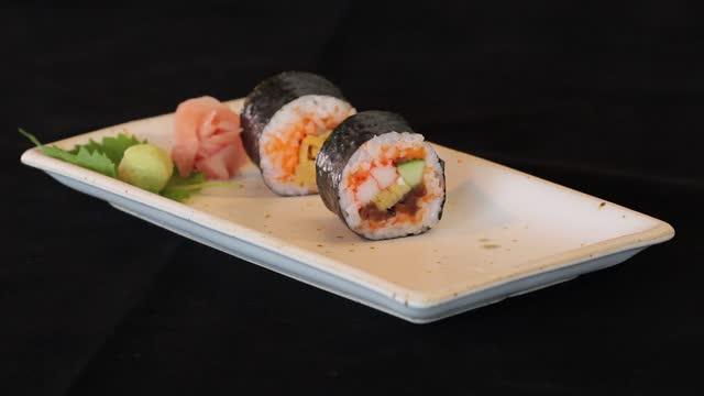 のり寿司巻き - 玄米点の映像素材/bロール