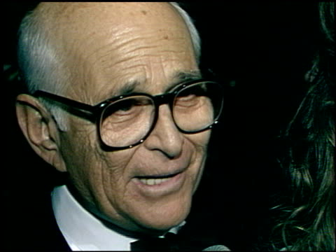 norman lear at the afi awards honoring gregory peck at the beverly hilton in beverly hills california on march 9 1989 - gregory peck stock videos and b-roll footage