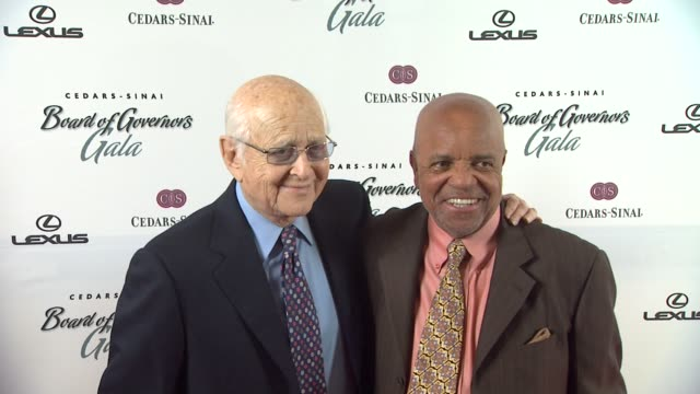 norman lear at the the cedarssinai board of governors annual gala at beverly hills ca - norman lear stock videos and b-roll footage