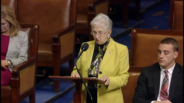vidéos et rushes de north carolina rep. virginia foxx says that a specific inquiry by the house of representatives into the practices of planned parenthood and other... - groupe organisé