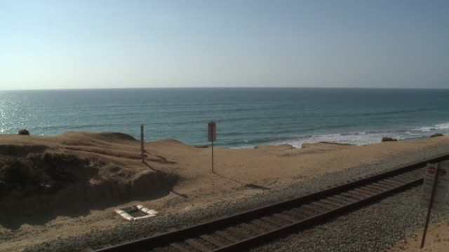 stockvideo's en b-roll-footage met kswb north county train tracks - overige