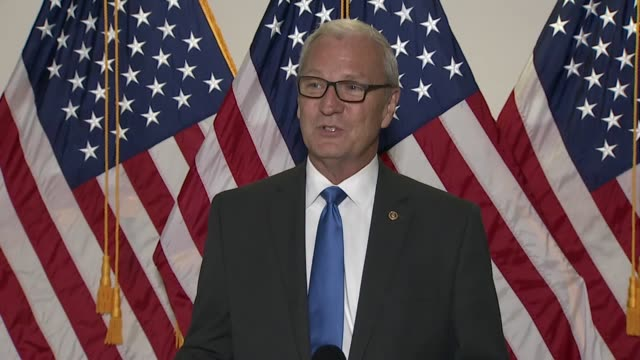 north dakota senator kevin cramer is asked by a reporter if it would be worth losing the majority to fill the vacancy left by late supreme court... - 映像技法点の映像素材/bロール
