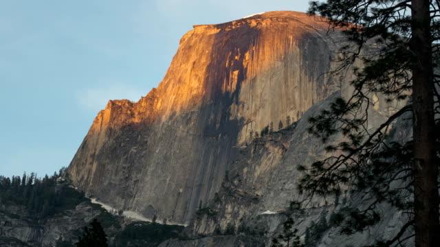 Nord-Dome im Yosemite in der Nacht