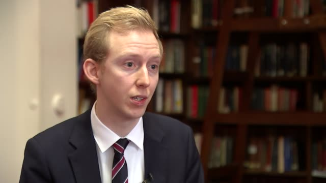 vidéos et rushes de north korea claims hydrogen bomb 'successfully tested' england emil dall interview sot - bombe atomique