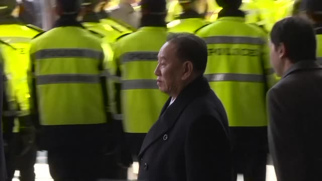 north korean general kim yong chol leaves his hotel in seoul amid heavy security as delegates from pyongyang are set to attend the winter olympics... - südkorea stock-videos und b-roll-filmmaterial