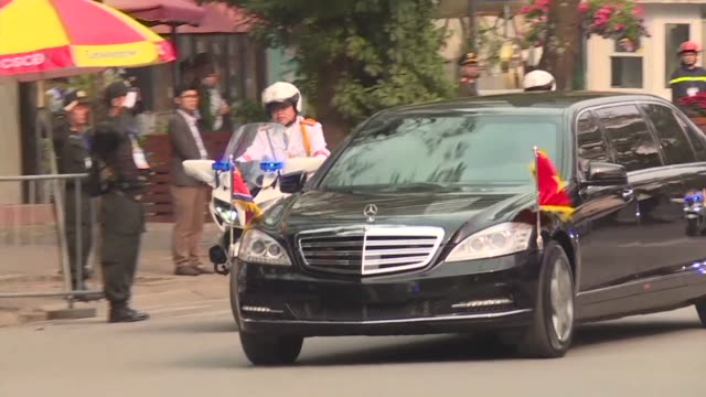 north korean leader kim jong un's convoy leaves for the presidential palace in hanoi as he kicks off a friendship visit to vietnam - north vietnam stock videos & royalty-free footage